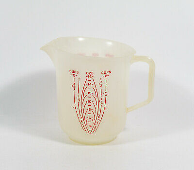 1 Vintage Tupperware 134-3 Red Lettering 2-Cup 16oz Small Measuring Pitcher