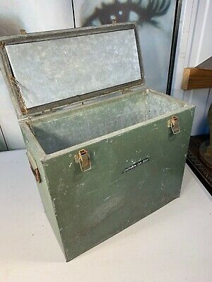 Vintage 1950s Australian Hammered Green Metal Portable Ice Box Drinks Esky