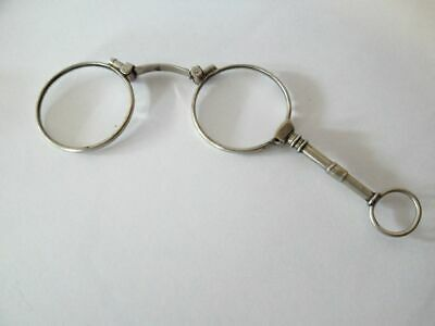 kleines Lorgnon-Klappbrille-versilbert-antique-silvered lorgnon-folding glasses