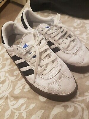 WOMENS GIRLS ADIDAS BOOST TRAINERS SIZE 3.5