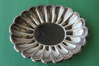 The Sheffield Silver Co. SILVERPLATE Scalloped Oval Bowl 10 1/2""