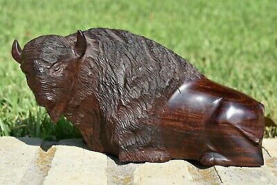 "Great Large 10 1/2"" Vintage Hand Carved American Buffalo Bison Wooden Figure"