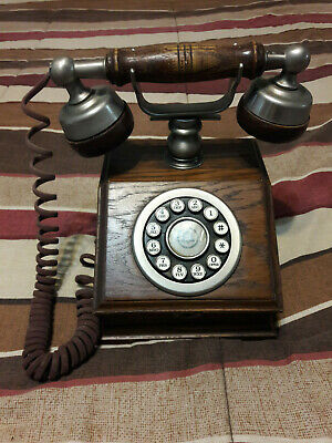 Western Electric Bell System AT&T Design Line Country Squire Wood Desk Telephone