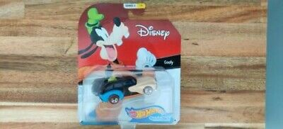 2019 Hot Wheels Disney Character Cars Goofy Series 3 #1/6