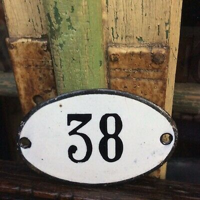 *ViNtAgE WhiTe EnAmeL HoUsE~DooR NuMbEr 38~          PoSSiBLy AnTiQuE~ViCtOriAn*