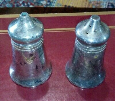 Vintage Walker & Hall Silver Plate Pair of Salt and Pepper Shakers