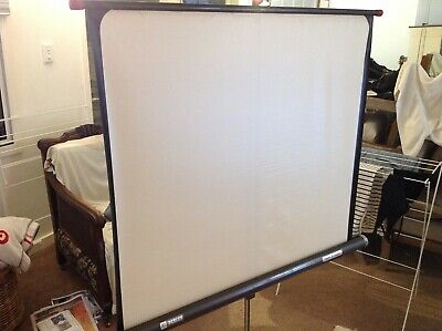 "Vintage Perlux ""champion consul"" projector screen superb cond. P/U Manly NSW"