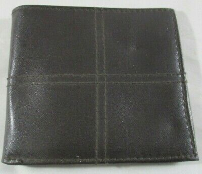 Men's Wallet.when closed 11cm by 9.5cm.PVC Note slot and 3 card slots ID slot.