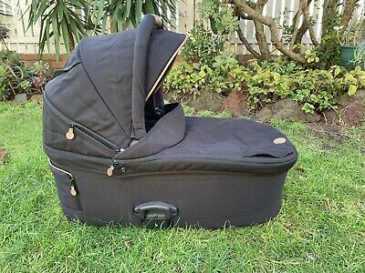 Redsbaby Pram Bassinet Black