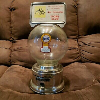 Vintage 1960-70's  Ford 1-Cent Bubble Gum Machine no key Glass Globe