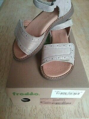 Girls leather sandels  Size 8 kids EUR 25 by froddo RRP £39.99