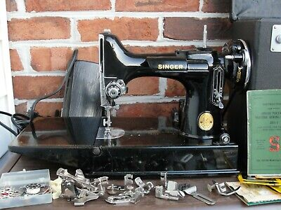 Singer Sewing Machine Featherweight 221 Simanco 45713 with extra