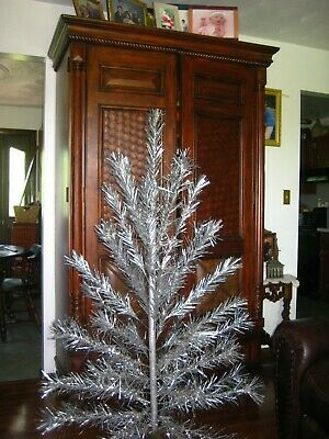 Vintage 5 ft., 45 branch Silver Glow aluminum Christmas tree w box