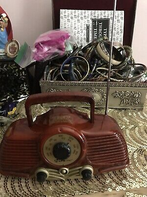 Vintage SEARS LIFELONG Mini AM/FM Radio Model S100 Plastic Wood Grain Case WORKS