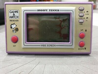 Snoopy Tennis Game And Watch Nintendo 1982 handheld widescreen game