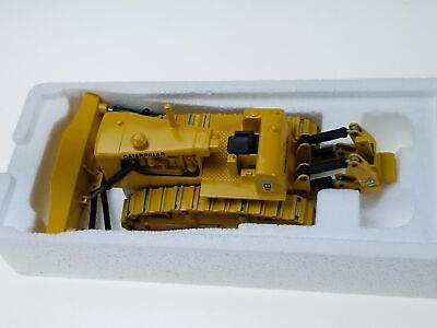 NZG Modelle Caterpillar West Germany Track Type Tractor CAT D9G 2874 1/50 NIB!