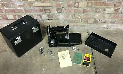 Singer Portable Electric Sewing Machine No 221K1