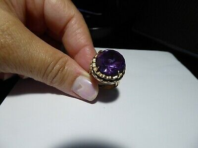 Vintage Modernist Mid Century Huge Amethyst 14K Yellow Gold Ring in Size 8.5