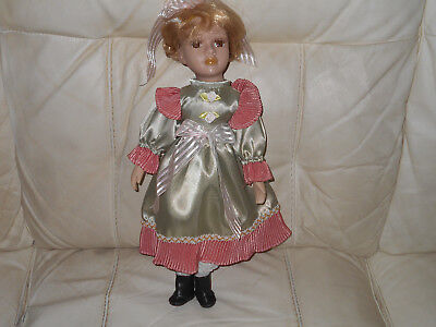 COLLECTABLE PORCELAIN DOLLS 1980//90 click on SELECT to browse or order