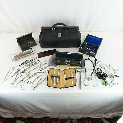 Rare 1940s-50s Doctors Bag Complete With Contents Stethoscope Parts Medical VTG