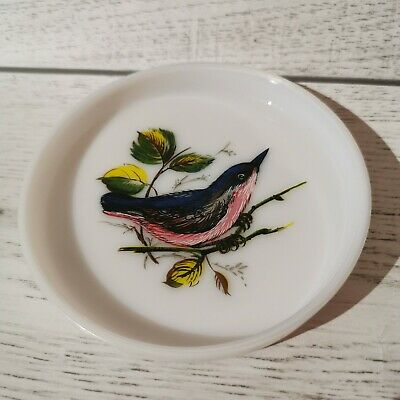 Vintage Milk Glass Bird Coaster/Trinket Dish. 1960s Tableware.
