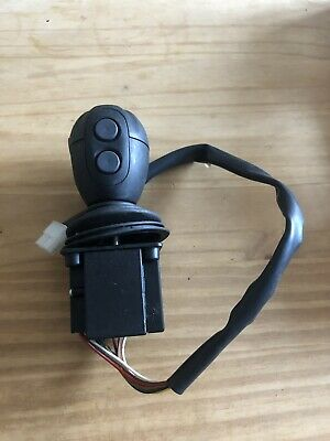 New Holland Front Loader / Midmount Joystick Pn 84253192