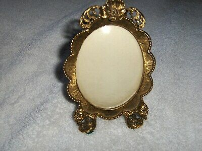Vintage Matson Ornate Gold Gilt Hollywood Regency Picture Frame Flowers