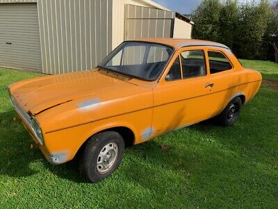 Ford Escort Mk1 Coupe, 1972 1300 manual