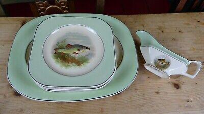 Vintage Woods Ivory Ware Green Fish Set 7 Plates and Sauce Boat