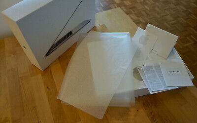 MacBook Pro 15'' 2019 A1990 Original Packaging / Empty box for delivery