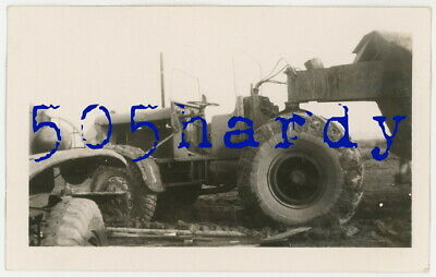 WWII US GI Photo - Close Up View Of Euclid Tractor Hooked Up To Trailer - TOP!