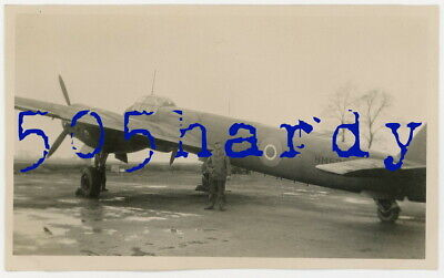 WWII US GI Photo - Captured German Junkers Ju 88 w/ British Markings - TOP!