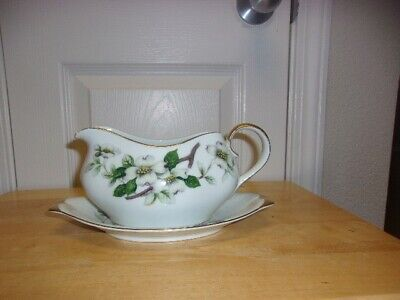 Meito Norleans China - Japan - Lovonia Dogwood Pattern - Gravy Boat And Plate