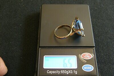 14K Solid Yellow Gold With Massive Blue Stone Vintage Ring, 6.5 Grams, Size 61/2