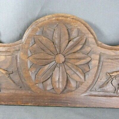 Antique Large French Pediment Fronton Oak Wood Carved Rosace & Leaves