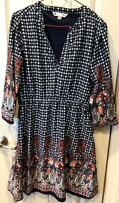 Blue paisley and geometric print ladies dress with v neck, elastic waist Size 6