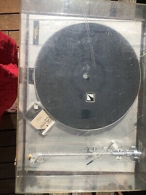 Luxman PD 272 Direct Drive Turntable