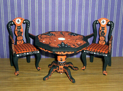 Dollhouse Miniature Painted Halloween Table & Chairs Pumpkin Cat Witch L.Lassige