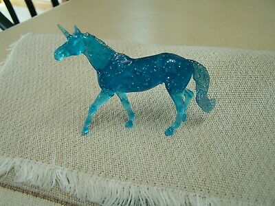 Breyer Starlight Blue Glitter Unicorn clear ware from stablemate gift set