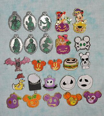 HALLOWEEN Disney pin lot of 25 trading pins