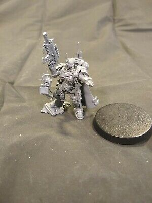 Primaris Captain in Phobos Armor Space Marines Warhammer 40k Games Workshop