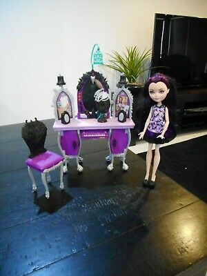 Ever After High Raven Queen Getting Fairest Doll & Dressing Table -RARE