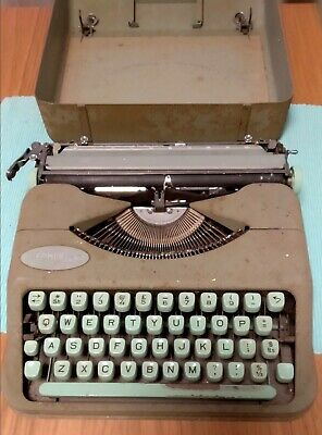 Hermes Baby Typewriter with Case