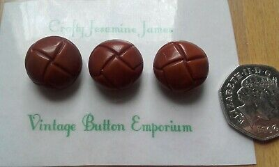 FB21 28mm 44L Brown Patent Leather Effect Aran Football Quality Shank Buttons X