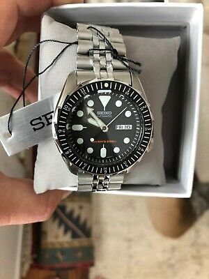 Seiko SKX007 Automatic Black Dial Stainless Steel 200m Diver Watch BRAND NEW MOD