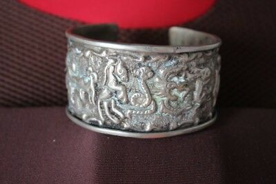 Tribal exotic chinese handmade Carving miao silver 12 Animals bracelet SZ025
