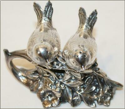Vintage🕳 WB Mfg Co 🕳 Love Birds on Branch🕳Silverplate Salt / Pepper Shakers