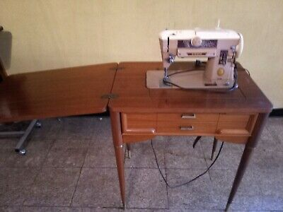 Vintage Singer 401A Slant-O-Matic Sewing Machine with Singer Cabinet. Local P/U