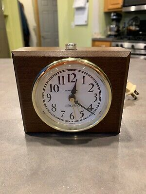 Vitnage Seth Thomas Lighted Dial Wood Alarm Electric Clock USA D444 Dialite