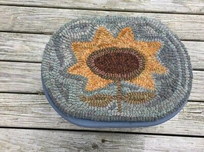 Hand Made Primitive Style Hooked Rug Folk Sunflower On Blue Painted Foot Stool